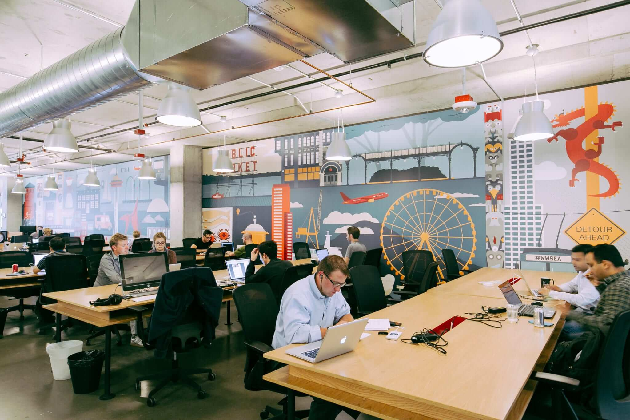 Coworking spaces how freeaxez can help manage diverse for Interior design office rotterdam